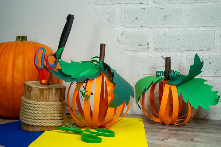 Paper pumpkin ornaments