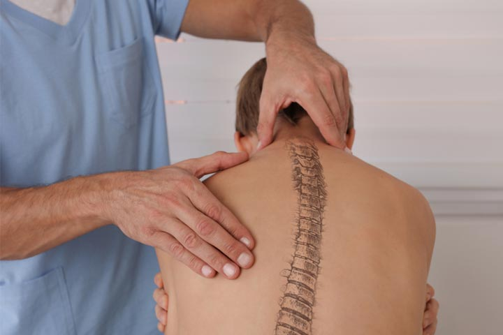 Scoliosis In Children Causes, Symptoms, Diagnosis And Treatment-1