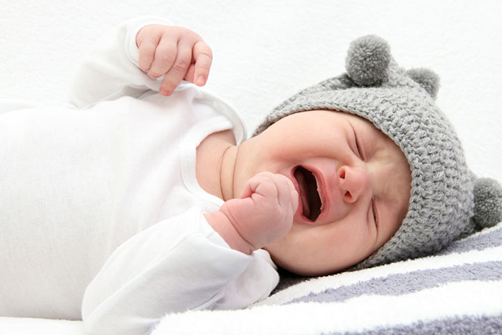 What is Controlled Crying Method Safety, Right Age And Tips