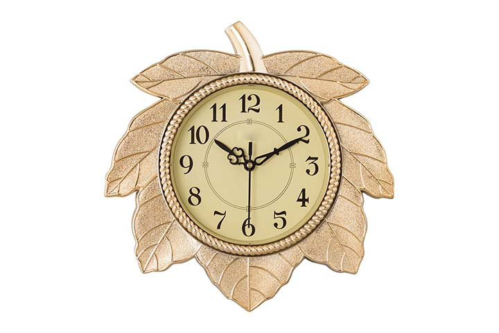 eCraft India Retro Leaf Wall Clock
