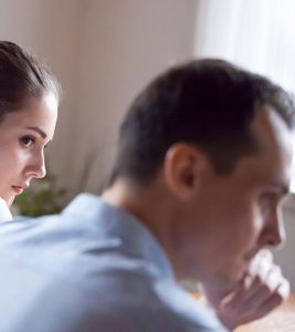 8 Common Signs Of A Lying Spouse And How To Deal With It