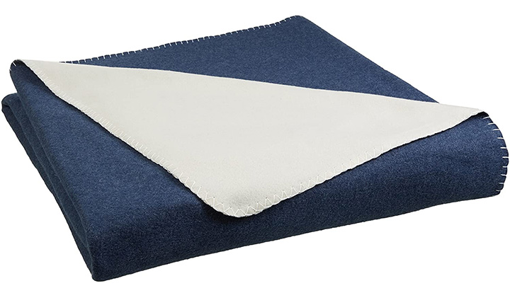 AmazonBasics Reversible Thin Blanket