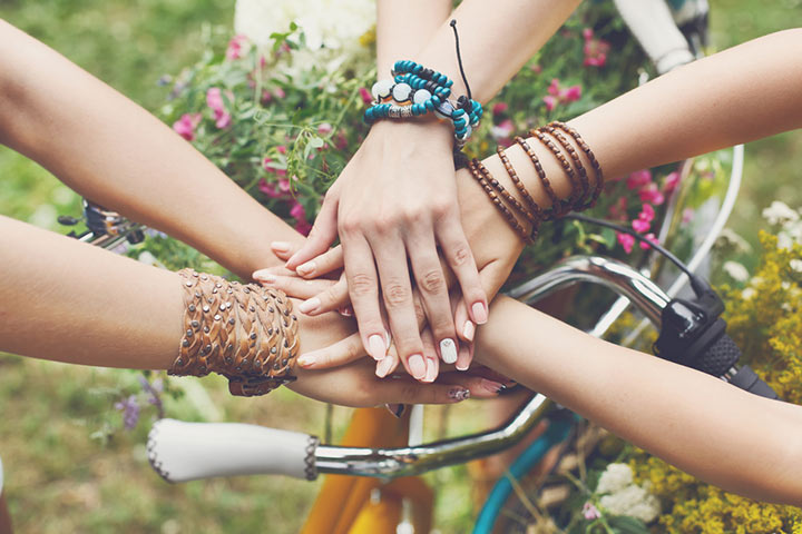 Best Friendship Quotes And Status In Hindi