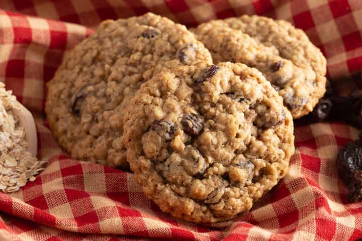 Healthy and hearty lactation cookies