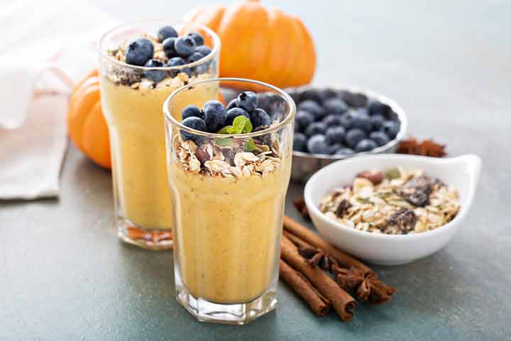Pumpkin oatmeal lactation smoothie