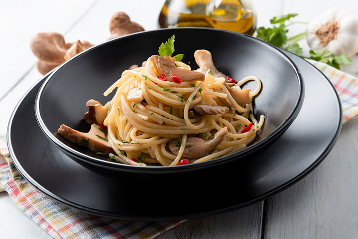 Slow cooker spaghetti with mushrooms