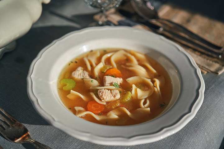 Slow cooker tortilla chicken soup