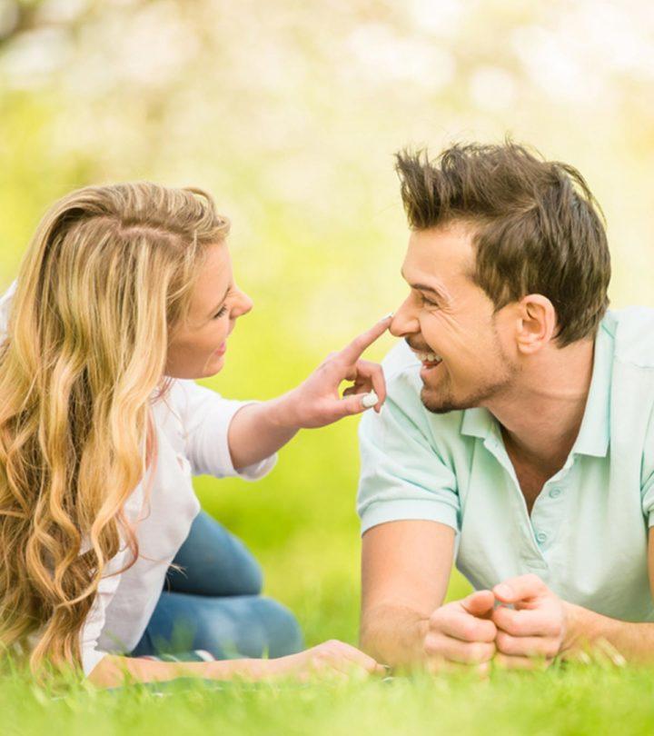 30 Cute Things Girls Do That Guys Love