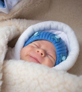 How To Dress Babies For Sleep (At Different Temperatures)?