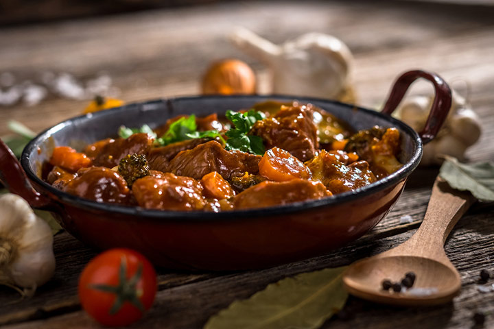 One-pot beef stew with veggies