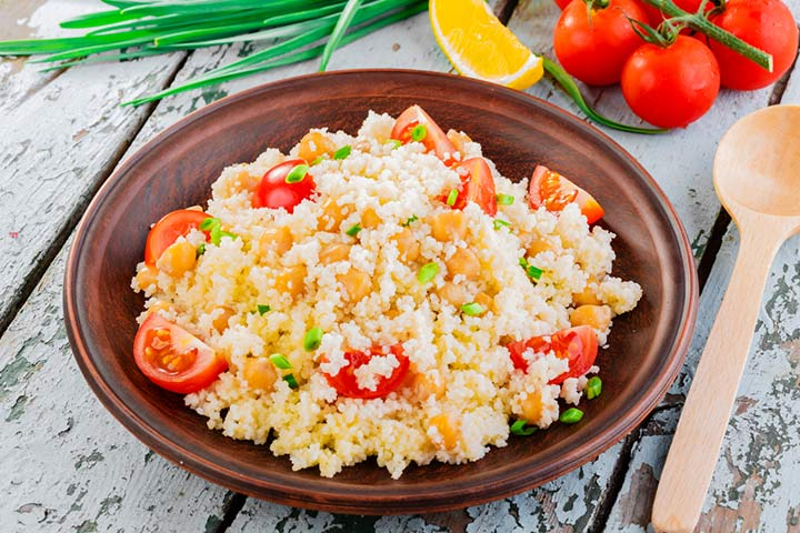 Pearl couscous with chickpeas and tomatoes