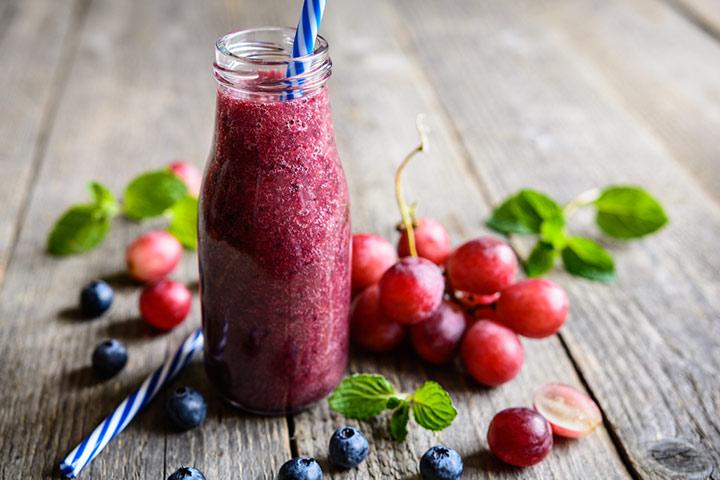 Red grape smoothie