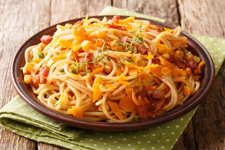Roasted broccoli and bacon spaghetti