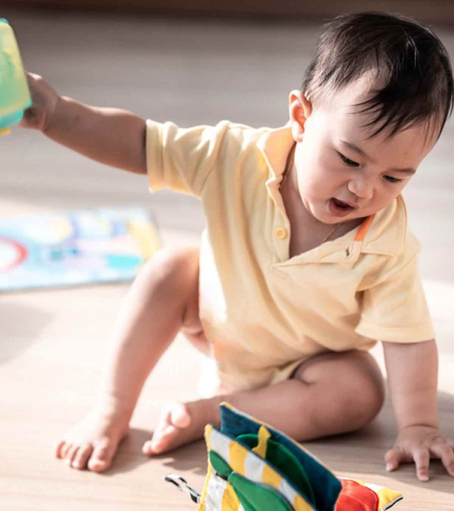 Why Do Toddlers Throw Things And How To Stop Them 910x1024