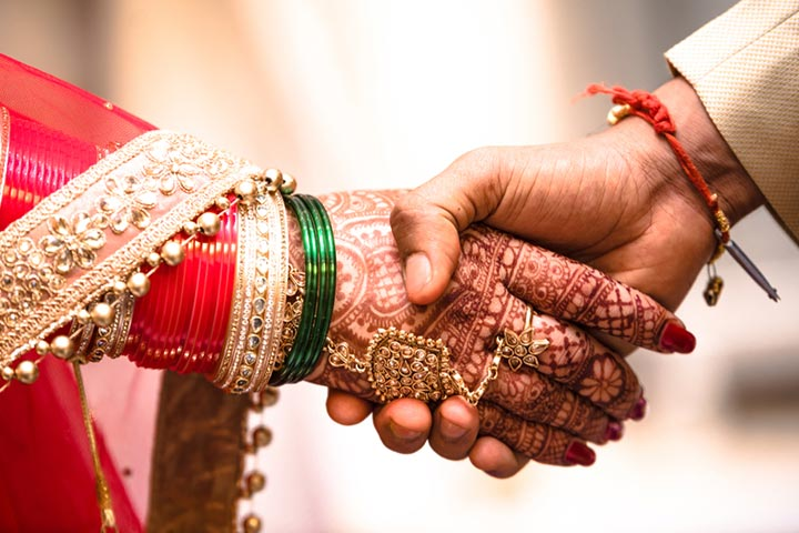 Marriage Quotes, Status And Shayari In Hindi