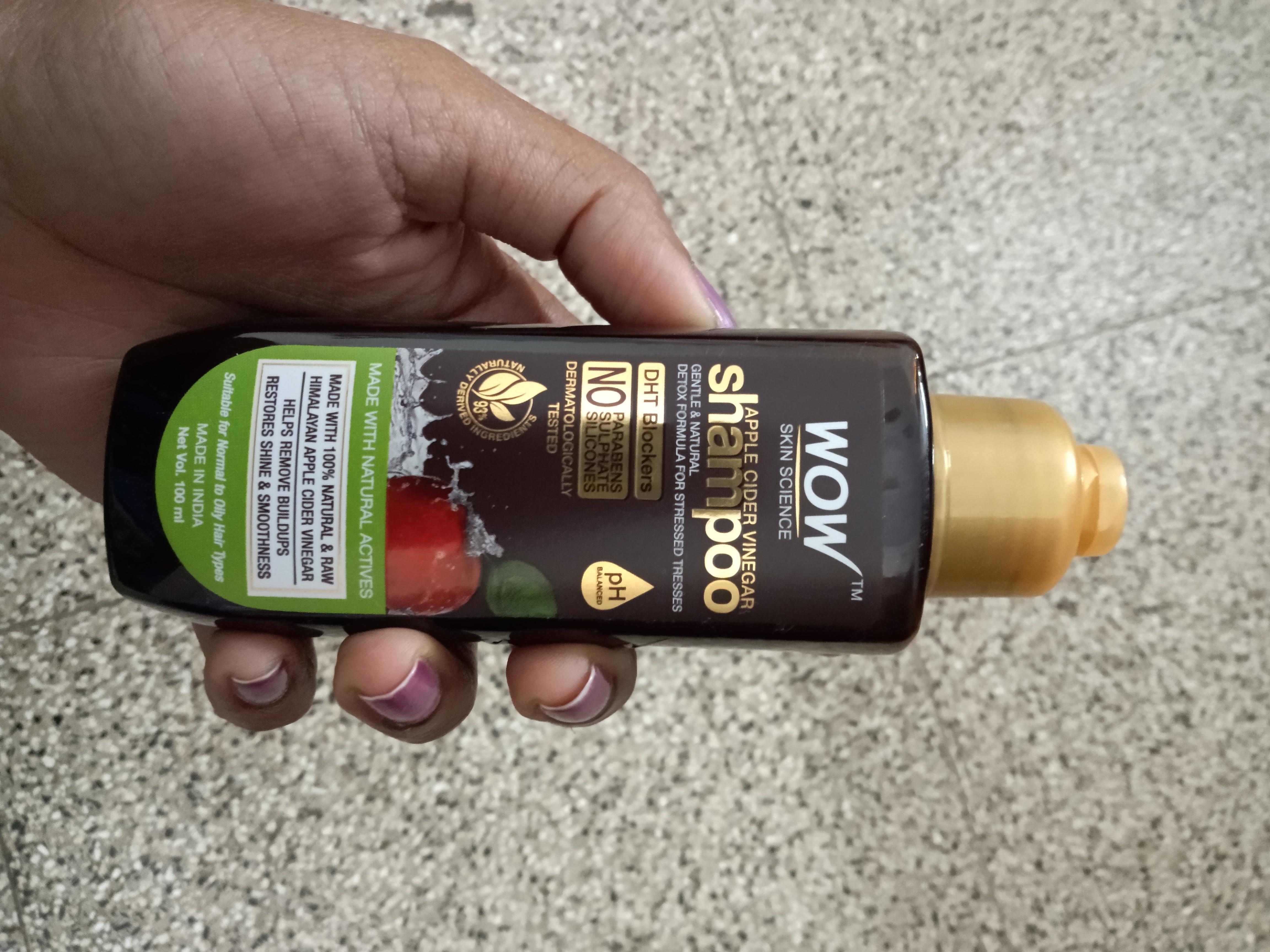 WOW Skin Science Apple Cider Vinegar Shampoo - No Parabens & Sulphate - 300 ml-Good one-By nattynatz