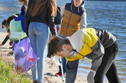 27 Volunteer Opportunities For Teenagers In 2021