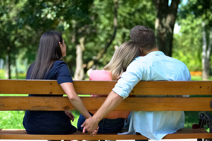 What Is A Serial Dater And How To Spot One