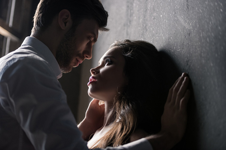 20 Main Differences Between Love and Obsession
