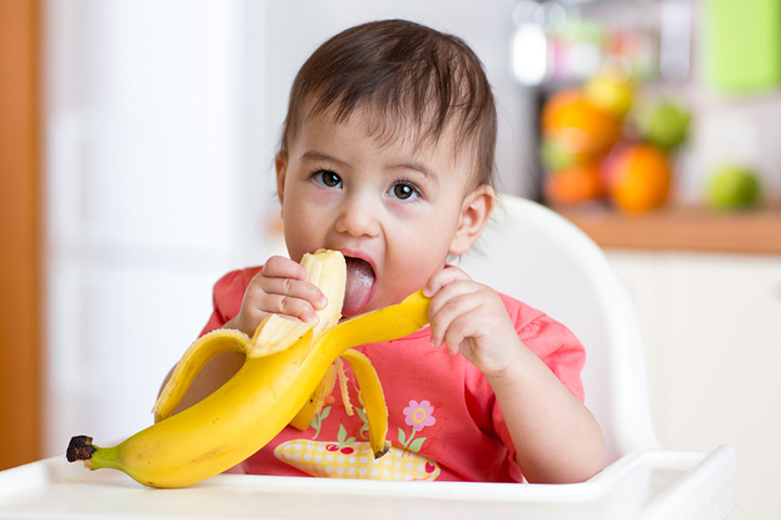 Banana For Baby In Hindi