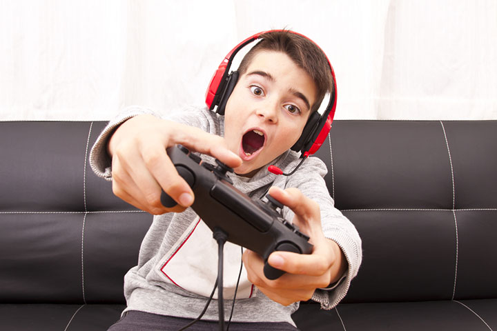 Effect Of Video Games On Kids In Hindi-1