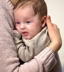 Kangaroo Mother Care: What Is It, Benefits And Steps To Do It