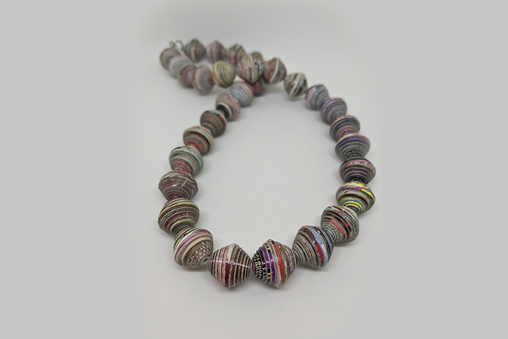 Make a paper bead necklace