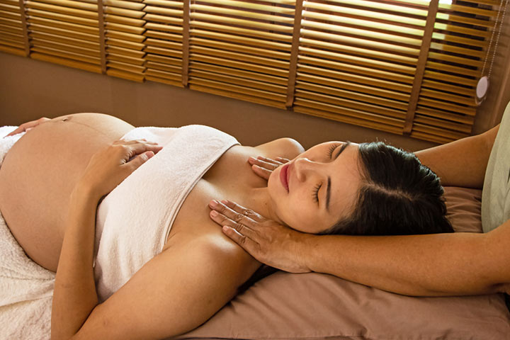 Massage During Pregnancy In Hindi