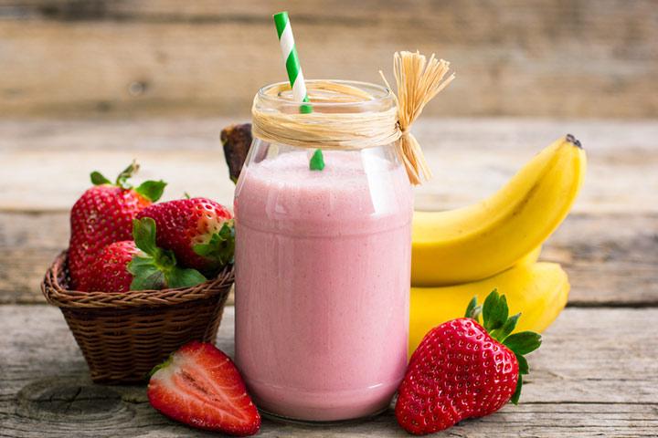 Strawberry and banana lactation smoothie