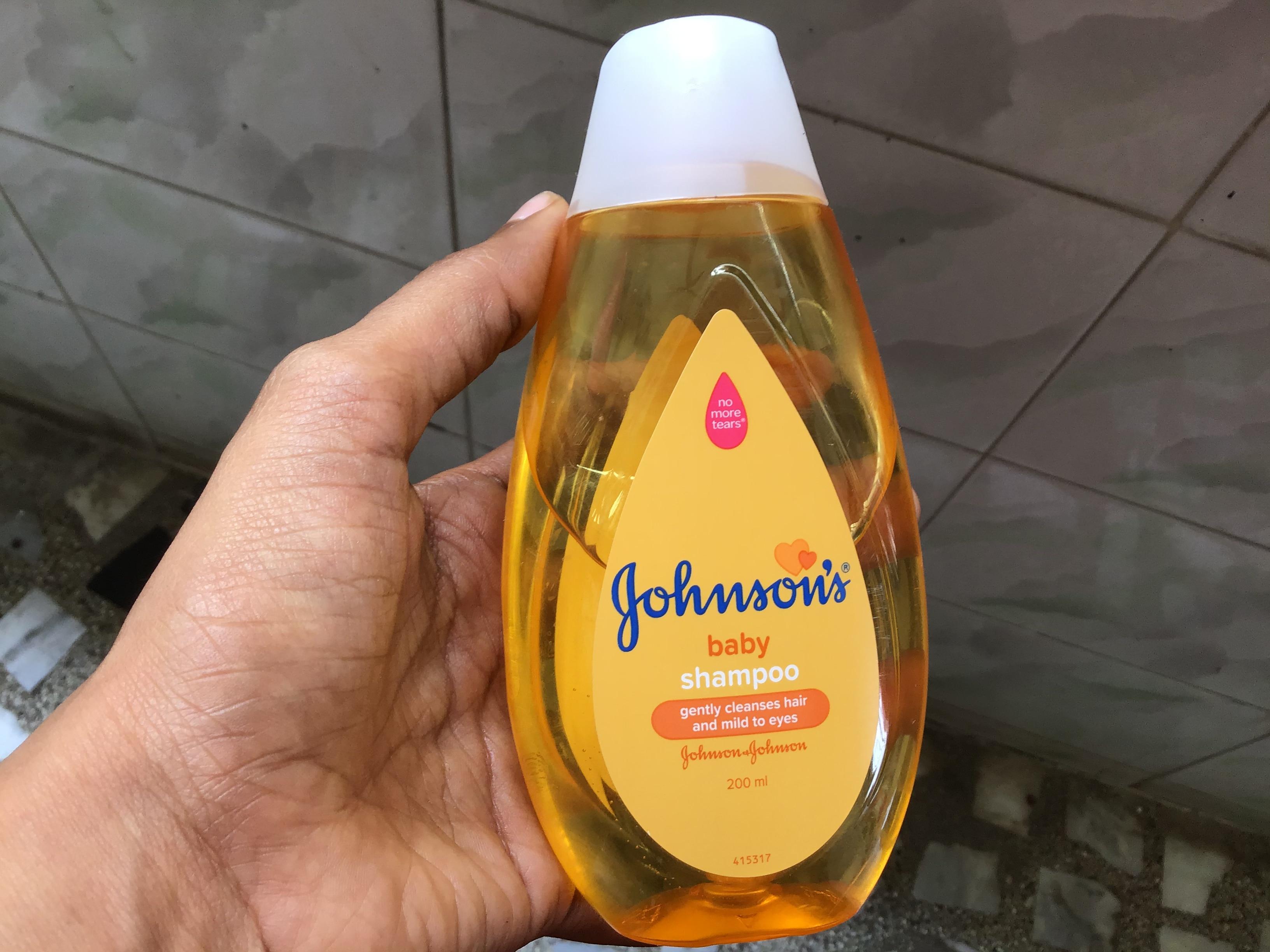 Johnson's Baby No More Tears Baby Shampoo-Gentle tear free shampoo for babies-By prashanthi_matli