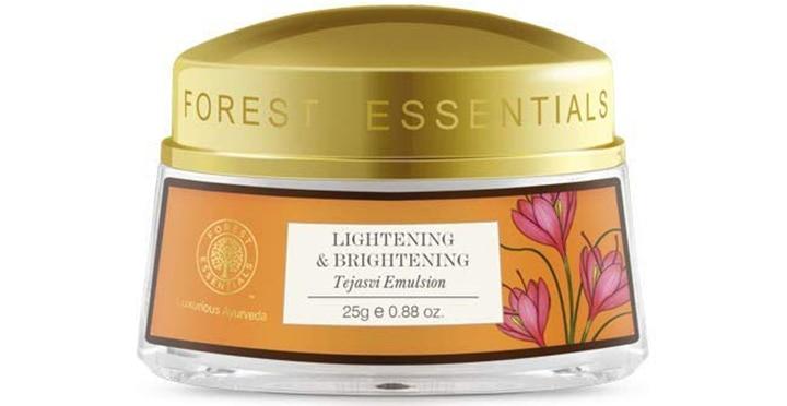Lightening And Brightening Tejasvi Emulsion