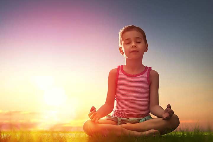 Meditation For Kids In Hindi