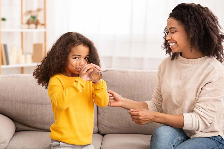 13 Ways To Encourage Your Child To Drink Water