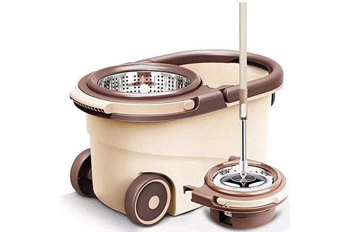 UPC Pureatic Spin Mop With Bucket