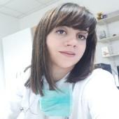 Dr. Nikolina Zdraveska