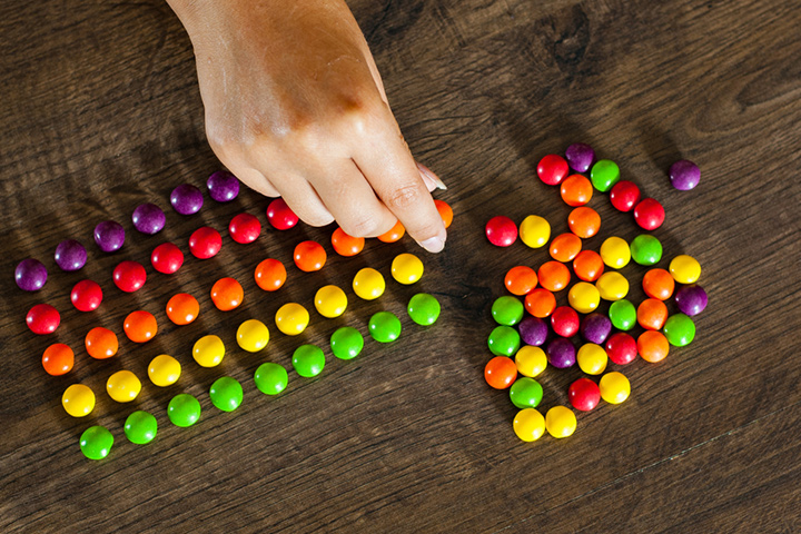 Sorting and counting candy