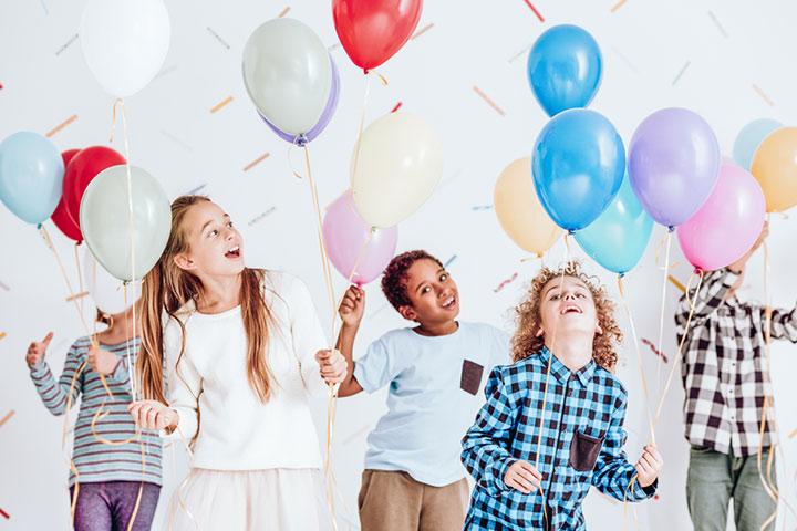 Organize a balloon raffle