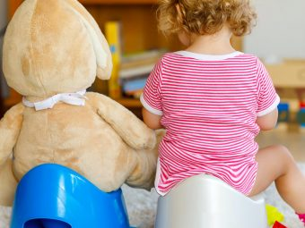 Potty Training A Girl: When To Start and 11 Tips To Follow