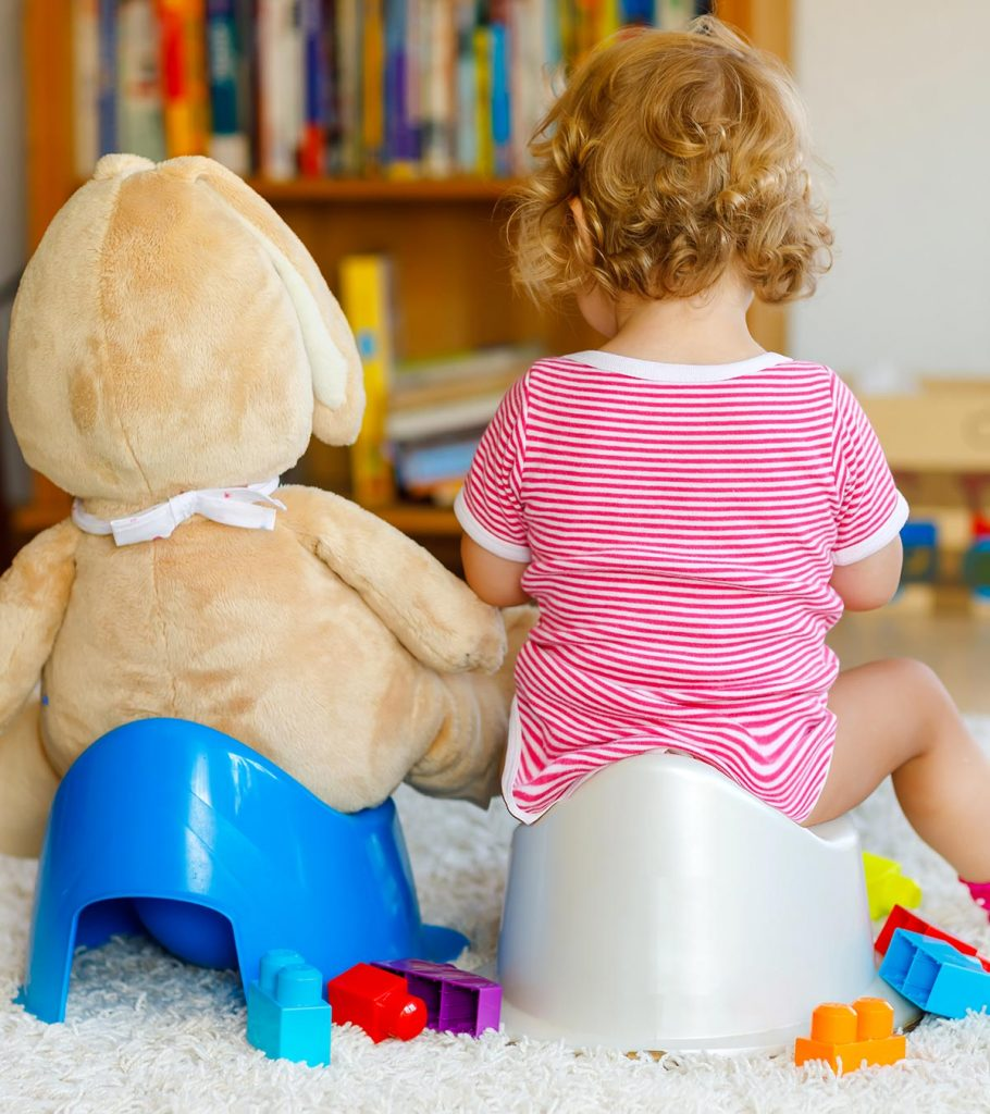 Potty Training A Girl When To Start And 11 Tip To Follow 910x1024