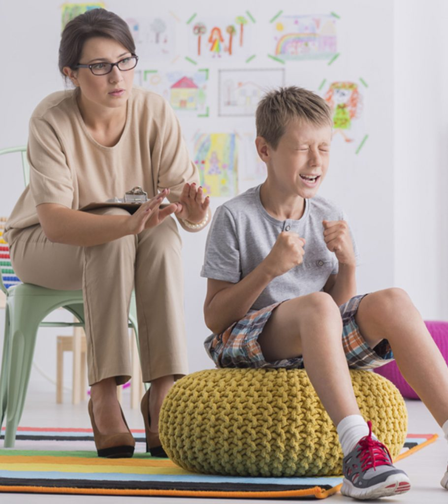 Signs Of A Manipulative Child And Ways To Deal With 910x1024