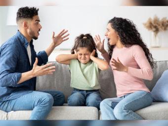 बच्चों पर माता-पिता के झगड़े का प्रभाव | Effect Of Parents Fighting In Front Of Children