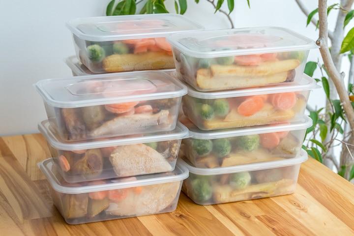 Frozen food container bird feeder