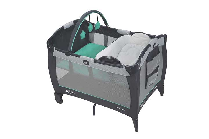 Graco Pack N Play Playard With Reversible Seat And Changer