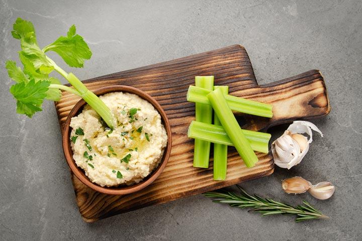 Hummus and celery