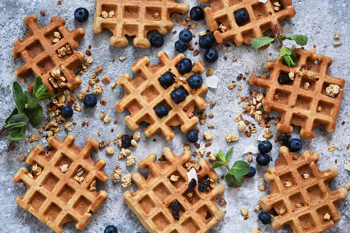 Oat and nut waffles