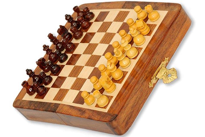 Pytho Handmade Wooden Chess Set