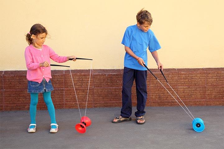 Swing a yo-yo