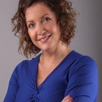 Dr. Elizabeth Roberts