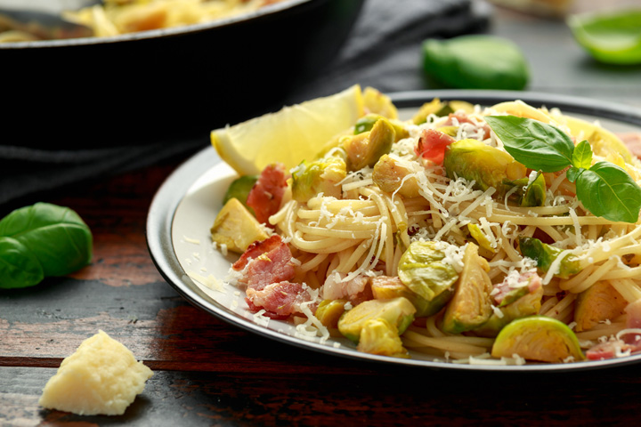 4.Roasted Brussels sprouts spaghetti