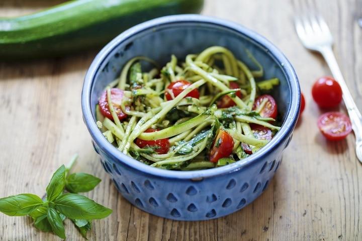 zucchini-spaghetti-rough-basil-walnut-pesto-303711662